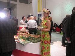 ENZA  /    FRUIT LOGISTICA  8 - 10 / 2 / 2011  BERLIN