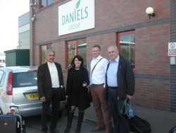 8 - 4 - 2011 /   DANIELS FACTORY IN LEEDS