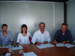 contract with 'GEOPLANT VIVAI ' from Italy (mr Karipidis Lambrianos-mrs Tsechelidou Hara-mr Secondo Danesi- mr Gianluca Pasi) 18/9/2009